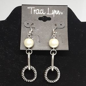 🆕️ Traci Lynn Hot Couture Earrings